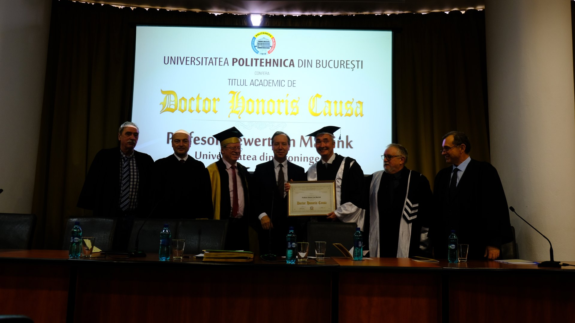 DOCTOR-HONORIS-CAUSA.jpg
